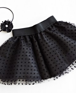 black tul skirt
