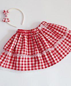 детска карирана пола в червено и бяло