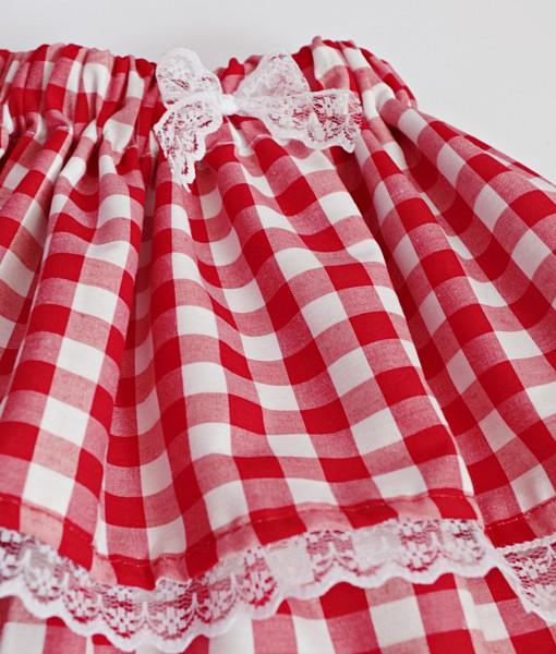 детска пола в червено и бяло