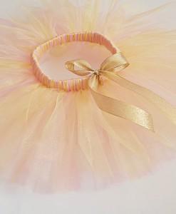 туту пола в златно и розово