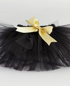 Черна туту пола със златна панделка