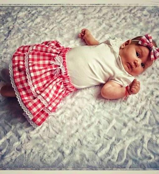 детска лятна пола в червено и бяло каре