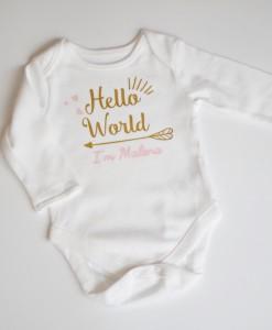 Бебешко боди с име в розово и златно