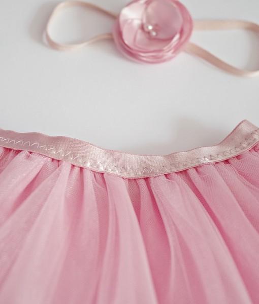 розова пола от тюл