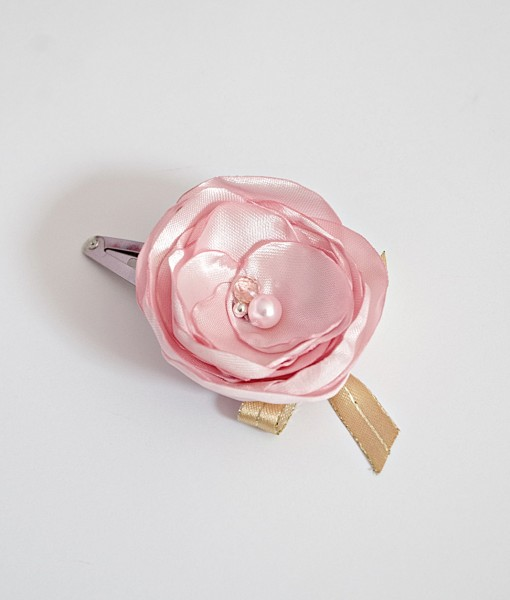 сатенено цвете в розово и златно