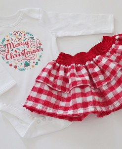Коледен комплект за момиче с венец и надпис Merry Christmas