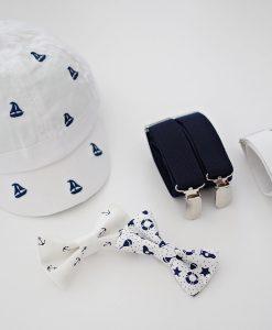 Комплект от шапка,тиранти и папионка в бяло