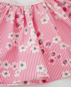 Детска розова пола на цветя