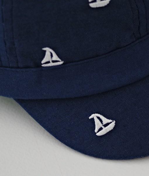 лятна шапка за момче в тъмносиньо