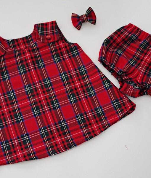 бебешка рокля в червено шотландско каре