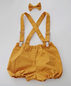 Бебешки панталонки с тиранти и папионка в цвят горчица