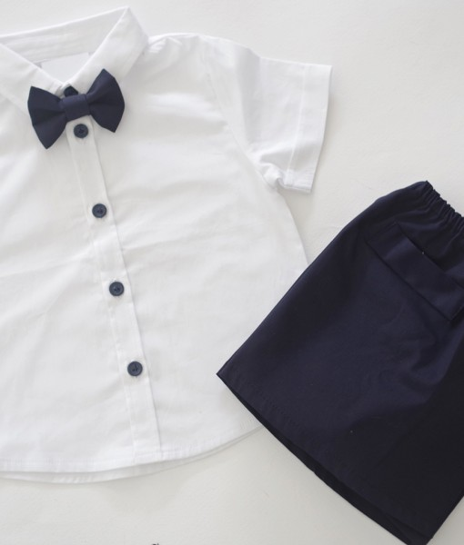 Комплект риза и панталон за момче в синьо и бяло
