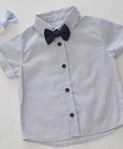 детска риза в бяло и синьо с папионка