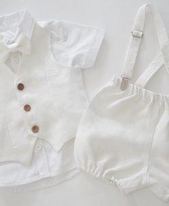 дрехи за кръщене на момче в бяло