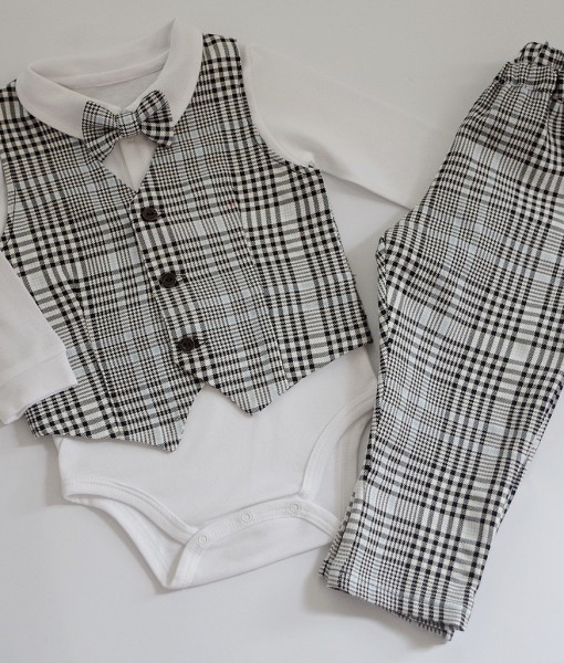 Официален бебешки комплект с елече,боди и панталон