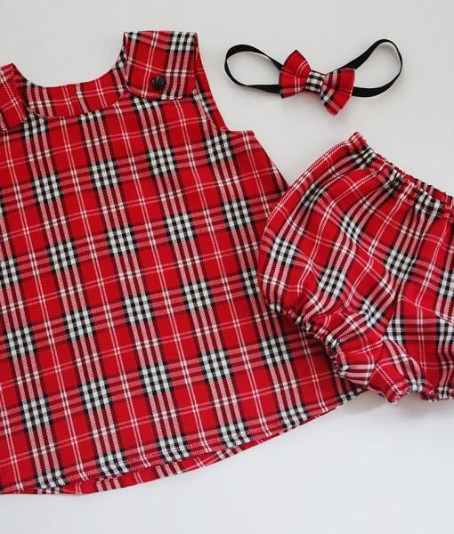 бебешка коледна рокля червено и бяло каре