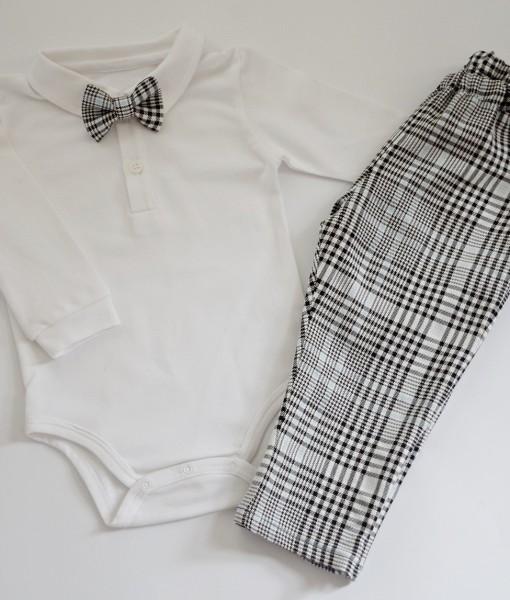 бебешки панталон с боди и папионка в пепит